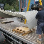 Loading pre cast curved stair onto lorry