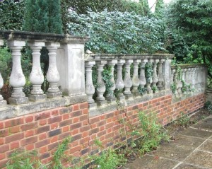 Balustrading in cast stone